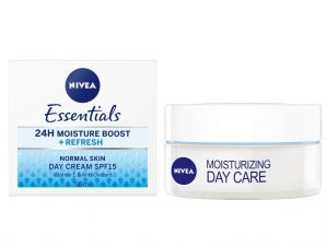 Nivea Moisturizing Day Cream Spf15 for Normal Skin Ενυδατική Κρέμα Ημέρας με Αντηλιακή Προστασία, για Κανονική Επιδερμίδα 50ml
